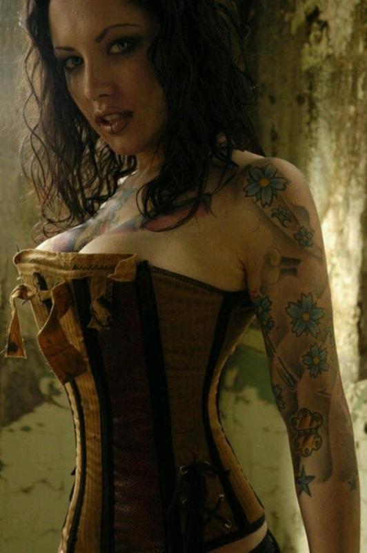 www.lushstories.com