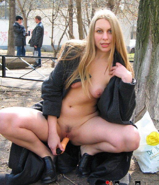 Порно эксгибиционисток фото