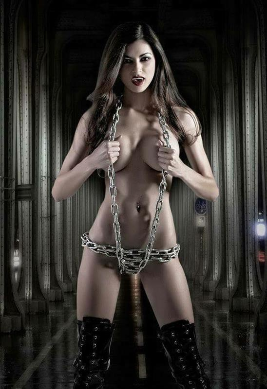 фото вампиров девушек с пиздой