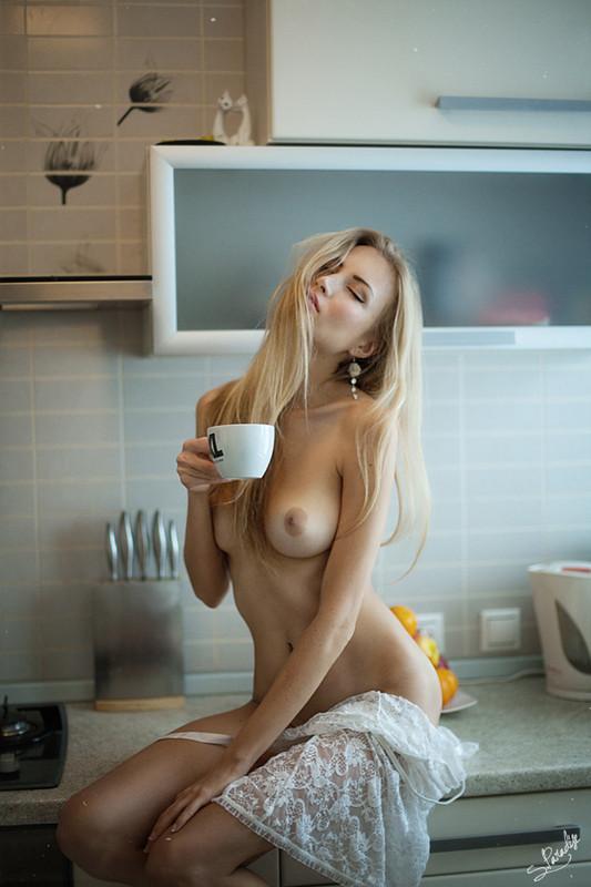 фото подборка девушка дня голая