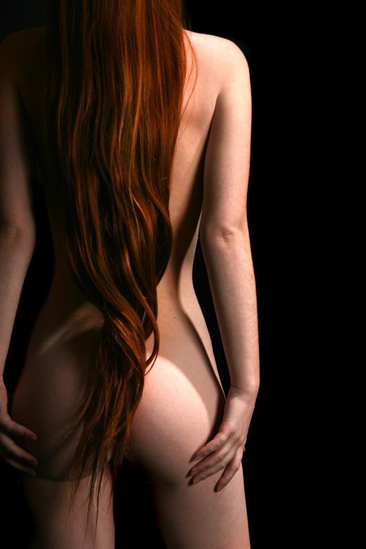 фото голые рыжие девушки вид сзади