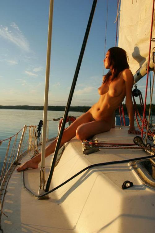 Saling Naked